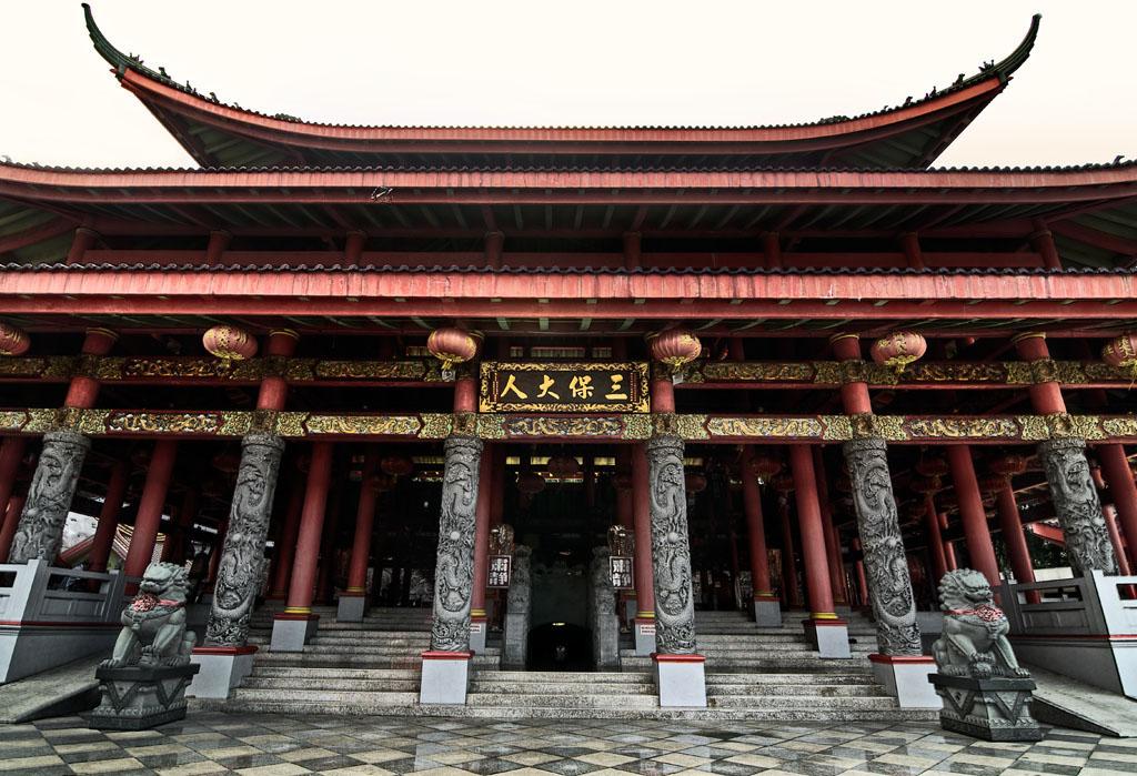 San Poo Kong Semarang Architectural Series